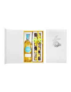 Zestaw upominkowy z butelką wina i opakowaniem świątecznych pralin 16szt